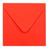 Inclusief koraal rode enveloppen